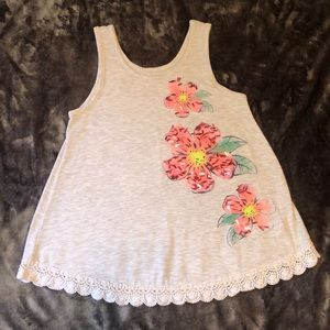 Justice swing top lace edge size 8